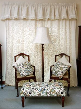 stool-curtains-cushions